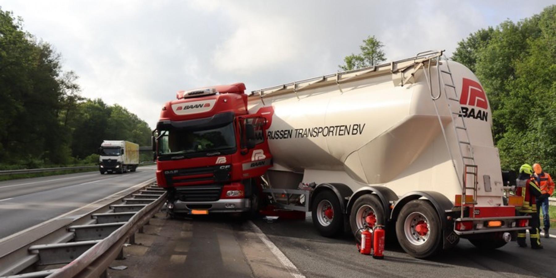 Silozug stellt sich quer – stundenlange Sperrung der A1 bei Ascheberg