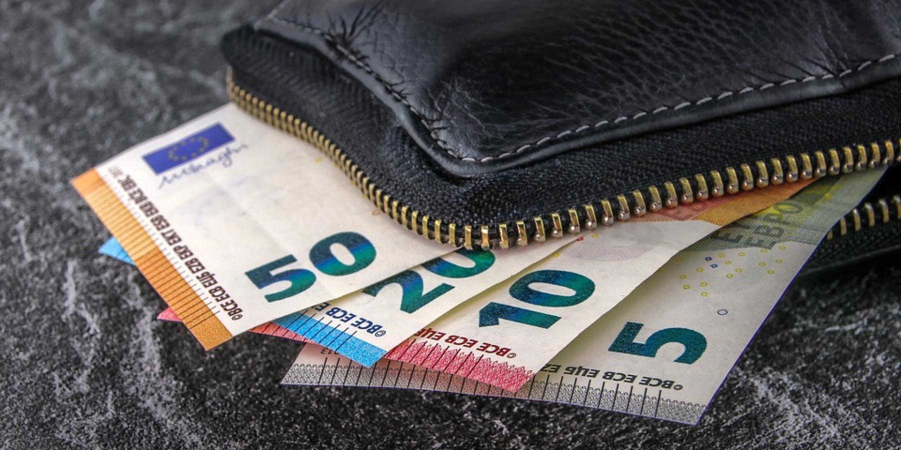 Geldbörse aus Fahrradkorb gestohlen