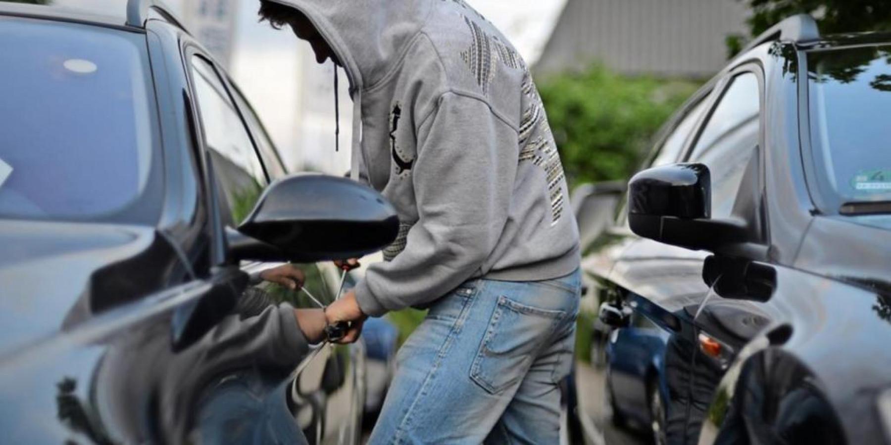 Unverschlossene Autotüren locken Straftäter an