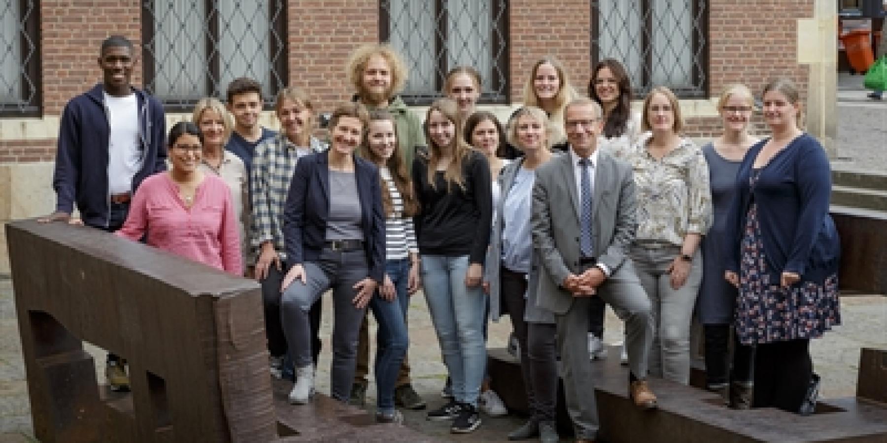 PIA: Praxisintegrierte Ausbildung