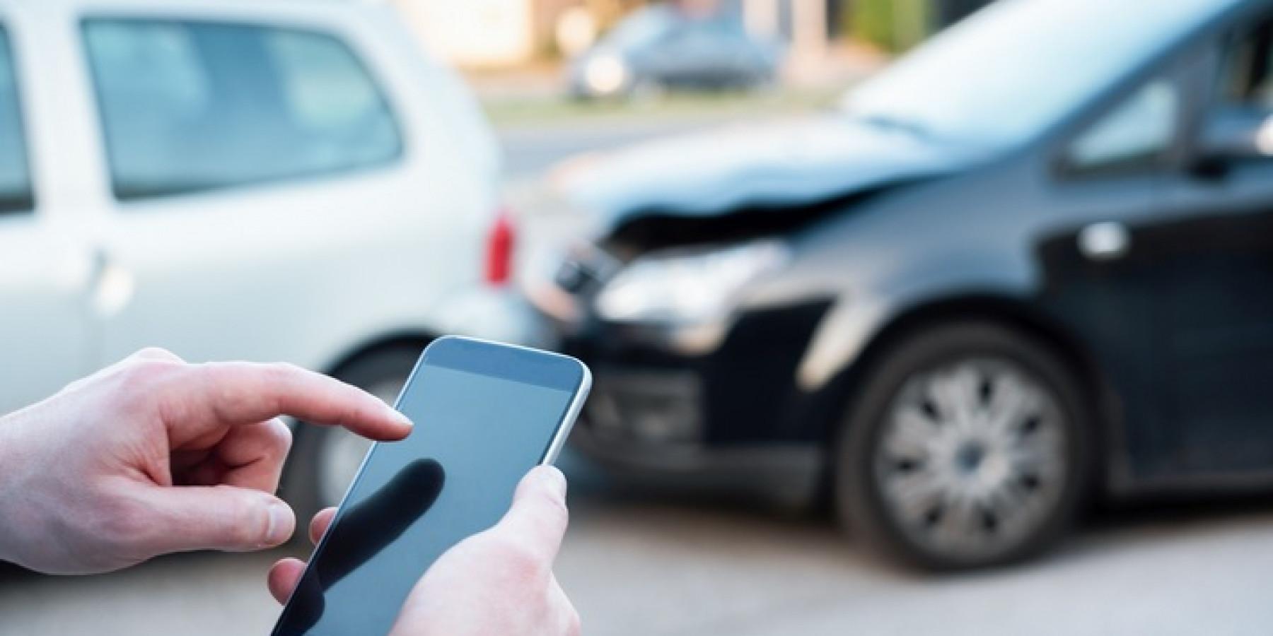 Mobile Kfz-Versicherung – das Servicecenter für die Hosentasche