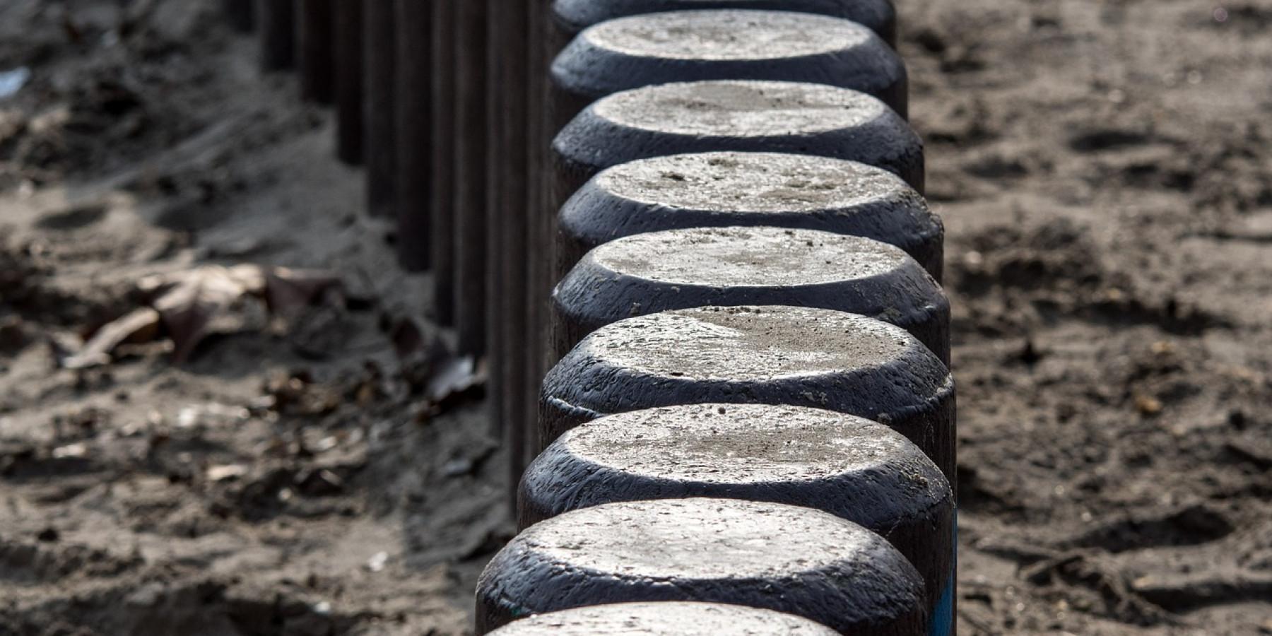 Mit 1,78 Promille Betonpfeiler auf der Autobahn gerammt