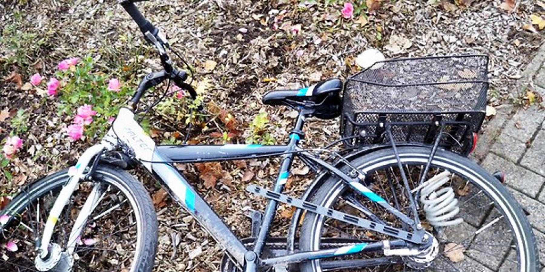 Zwei Radfahrer durch Kollision leicht verletzt