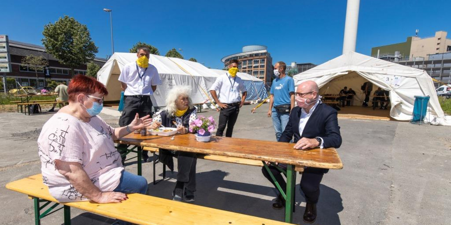Oberbürgermeister besucht Tagesaufenthalt für Wohnungslose